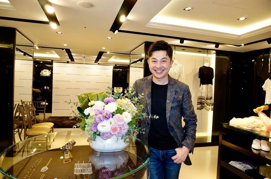 Blossom Studio 曉·花事總監李明川打造情人節花禮。(Blossom Studio 曉·花事提供)