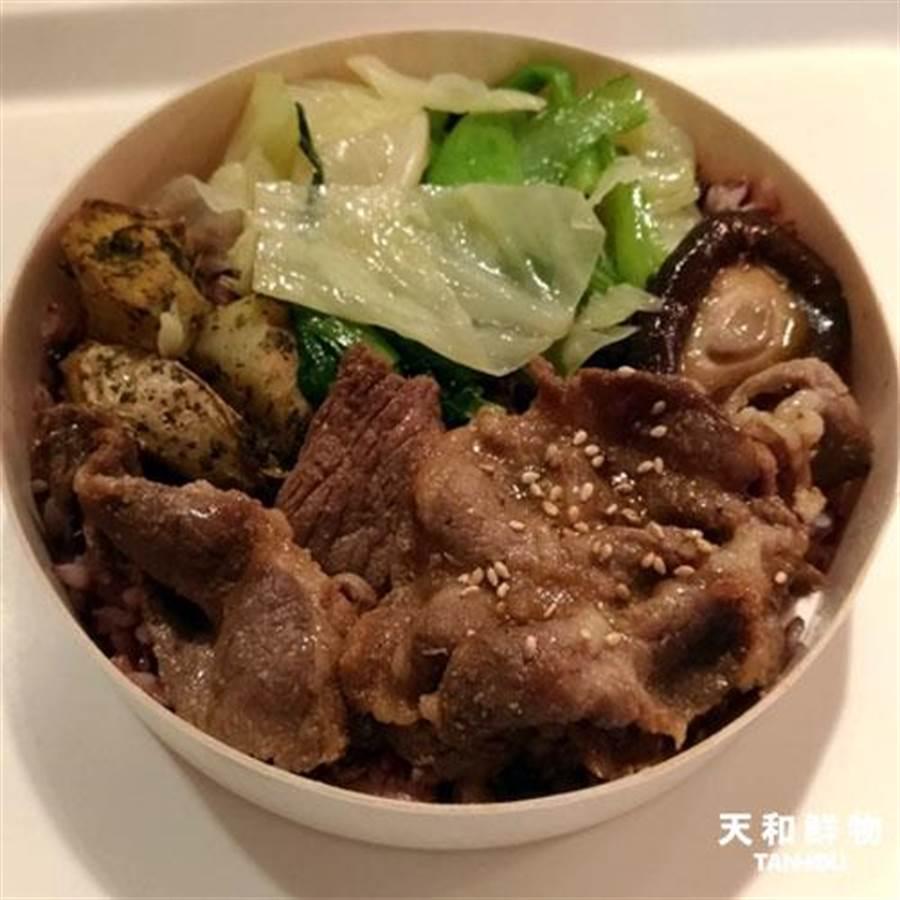 天和鮮物「海藻豬燒肉便當」,100元。(天和鮮物提供)