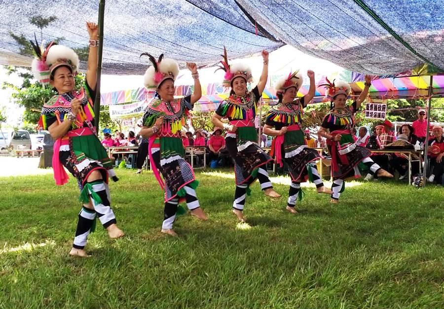 阿美族旮祭來部落豐年祭走環保風,響應拒用1次性餐具,降低環境的負荷。(莊哲權攝)