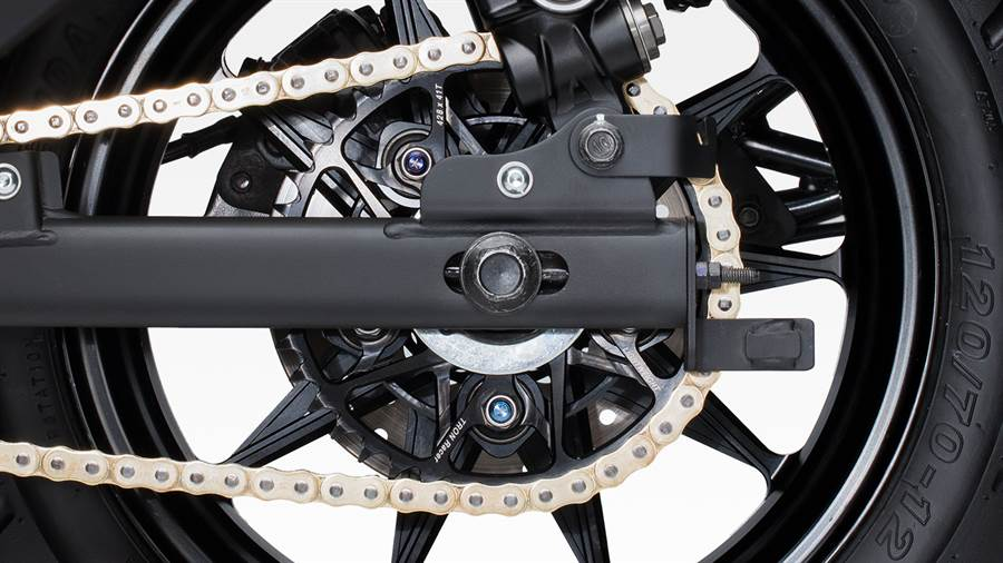 輕量 PVD 鍍層鋁合金齒盤。(圖/Gogoro提供)