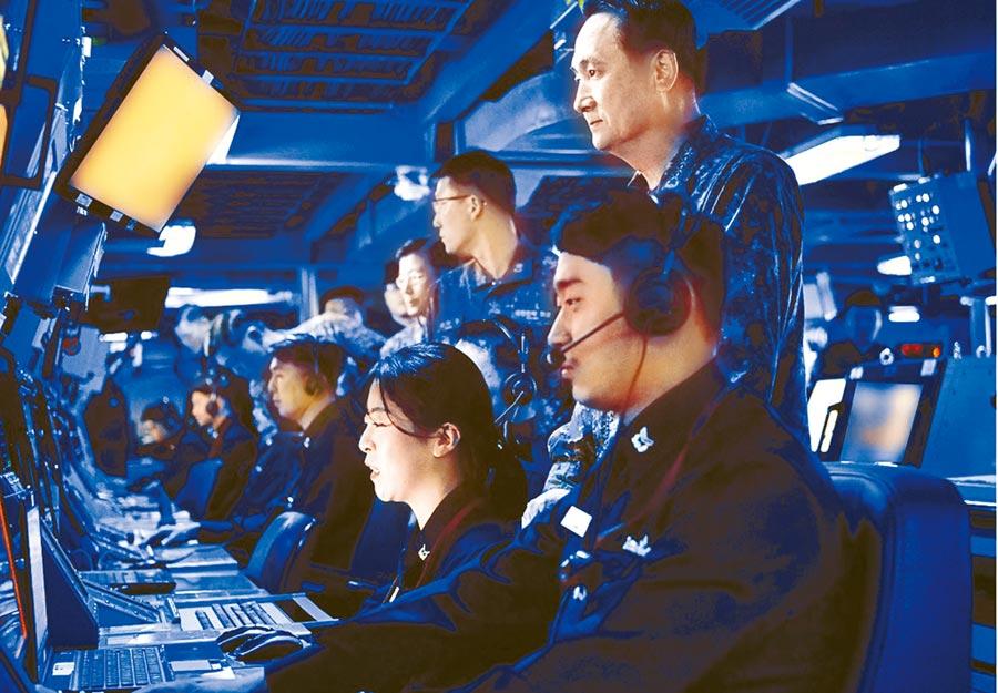 美韓海軍在朝鮮半島附近海域舉行聯合軍演。圖為韓國海軍操演畫面。(摘自韓國海軍官網)