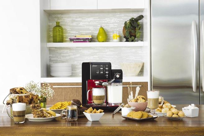 Oster 5隨享咖啡機滿足愛喝飲品的情人,茶類、奶類、咖啡類,五種以上客製化飲品,一機搞定!圖/業者提供