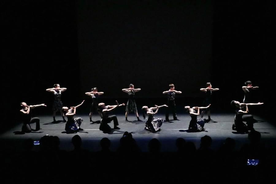 台中國家歌劇院「NTT遇見巨人」系列節目,將推出舞蹈空間舞團的《舞力》。(台中國家歌劇院提供)