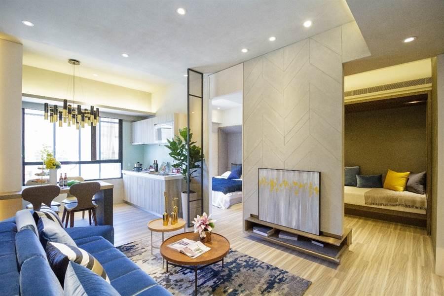 「新潤興業 鉑麗」規劃20~36坪 2-4房的產品,2字頭升級飯店宅+氧生宅,符合首購、換屋的需求。