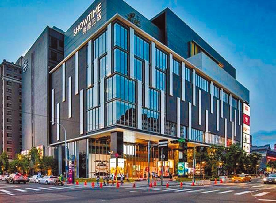 八期重劃區為市政中心核心沿線,且近期秀泰影城進駐後,房市火紅。圖/黃繡鳳