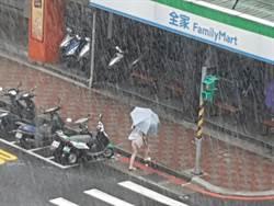 地震、颱風釀2死15傷 全台逾8萬戶停電