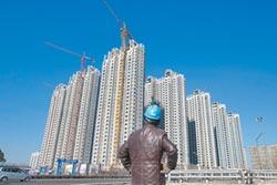 陸建商海外融資 規模創新高