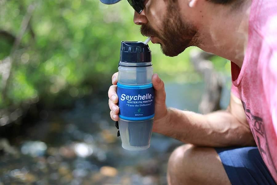 Amazon的Seychelle極端濾水瓶,34.99美金(台幣約1100元)。(翻攝自Amazon)