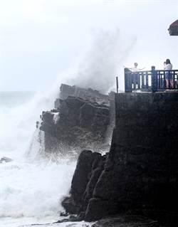 好險沒來!利奇馬肆虐石垣島影片曝光 風雨超驚人