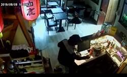 無良賊颱風天潛入拉麵店  偷走店長5000元