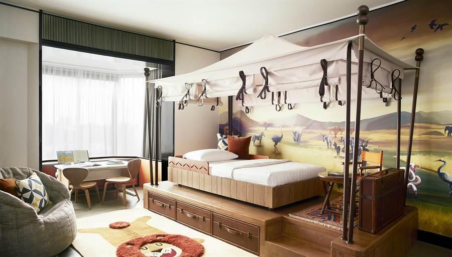 新加坡的香格里拉大飯店的家庭房。(Booking.com提供)