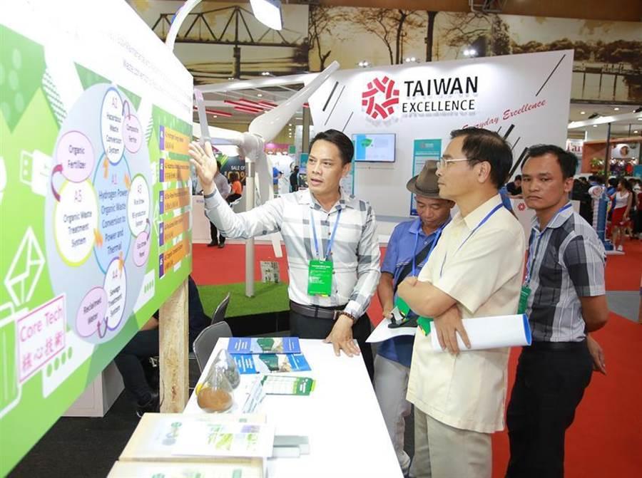 貿協首度在北越河內舉辦「越南台灣形象展」10日閉幕,170家廠商參展,在越南正值經濟起飛之際各家廠商收獲豐。(圖/貿協提供)