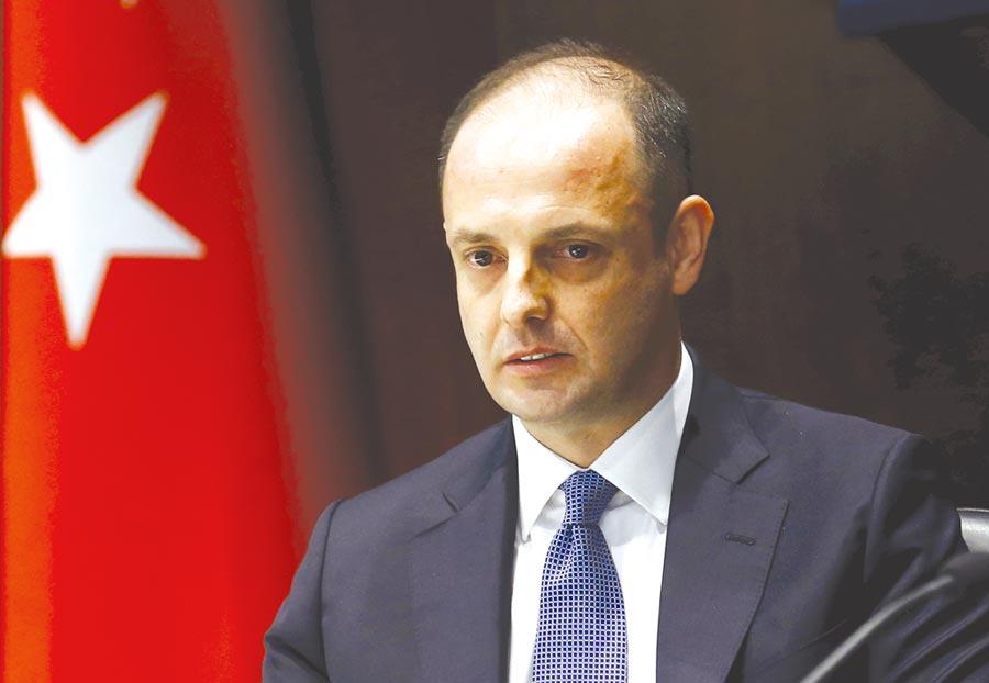 因不配合總統埃爾多安的降息要求,土耳其前央行總裁契亭卡亞(上圖)於7月初慘遭開除。圖/路透