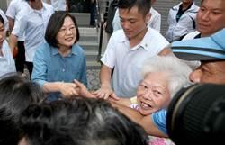 參拜宮廟 蔡籲再給4年:我們的台灣會不一樣