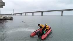 廖男失蹤岸邊遺留鞋子和漁撈工具   海陸空動員大搜救
