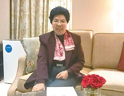 陳馮富珍:顏色革命不會在港成功