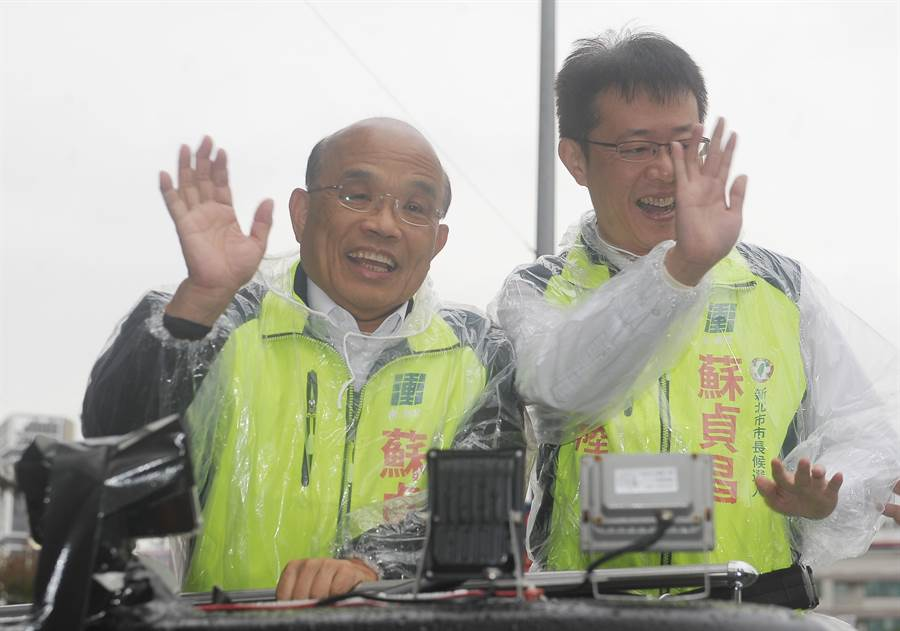 行政院長蘇貞昌(左)、立委張宏陸(右)。(資料照,季志翔攝)