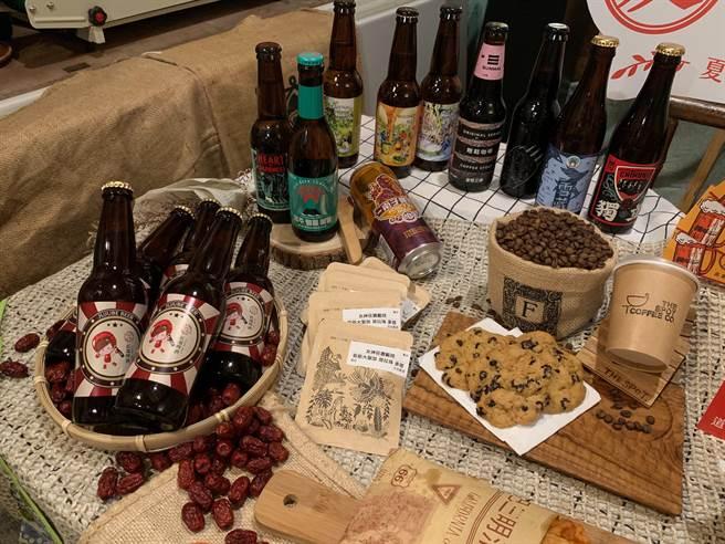 硬斗啤酒節提供超過60種包含歐美與在地的精釀啤酒。(何冠嫻攝)