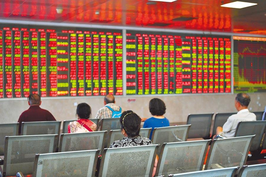 國際資金現階段對中長線陸股的投資偏好可見一斑。(中新社)
