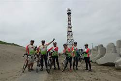 「極點慢旅」自行車訪燈塔景點 墾丁鵝鑾鼻10月見