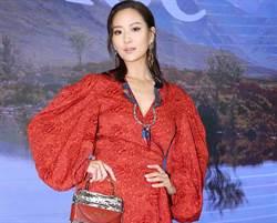 孫芸芸一身紅站台Chloe旗艦店 公開手上新包有「這個功能」