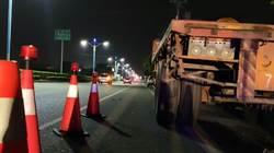 打工下班遇死劫 少年撞違停卡車
