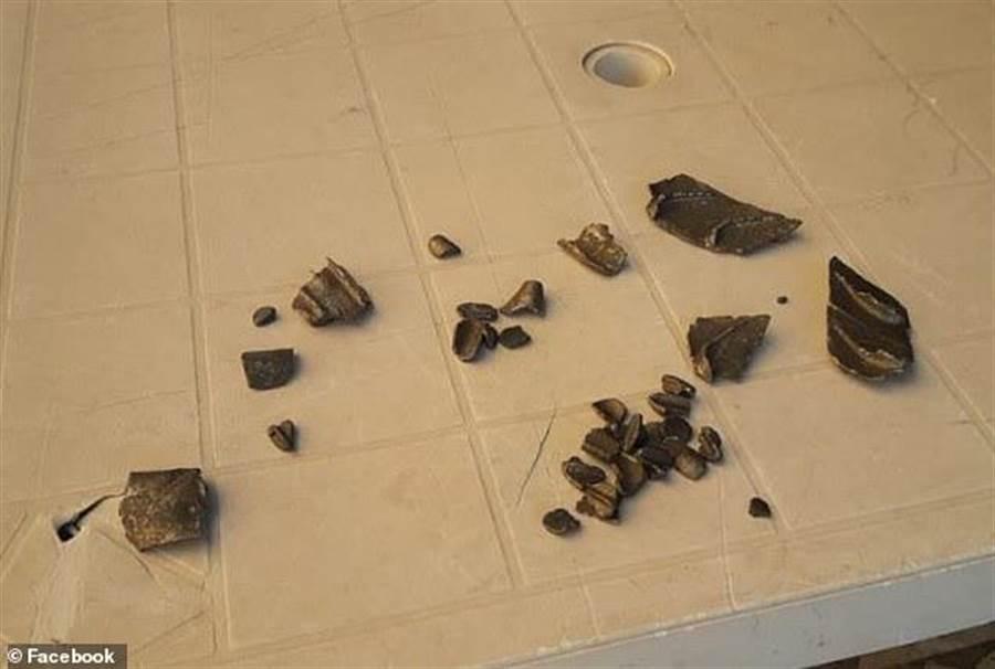 波音787發動機碎片(圖/臉書)