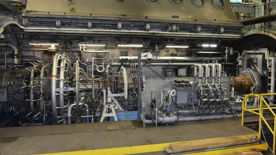 在測試台上的超燃衝壓引擎原型,是由諾斯洛普格魯曼公司設計製作。(圖/美國空軍)