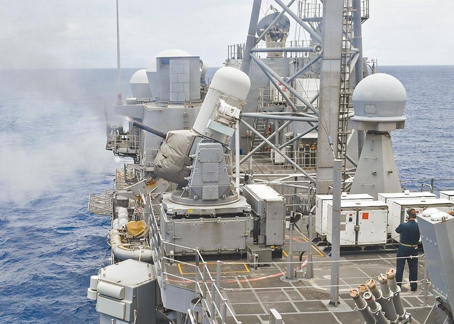 7月25日,美軍「安提坦」號飛彈巡洋艦穿越台海。(取自美國海軍官網)