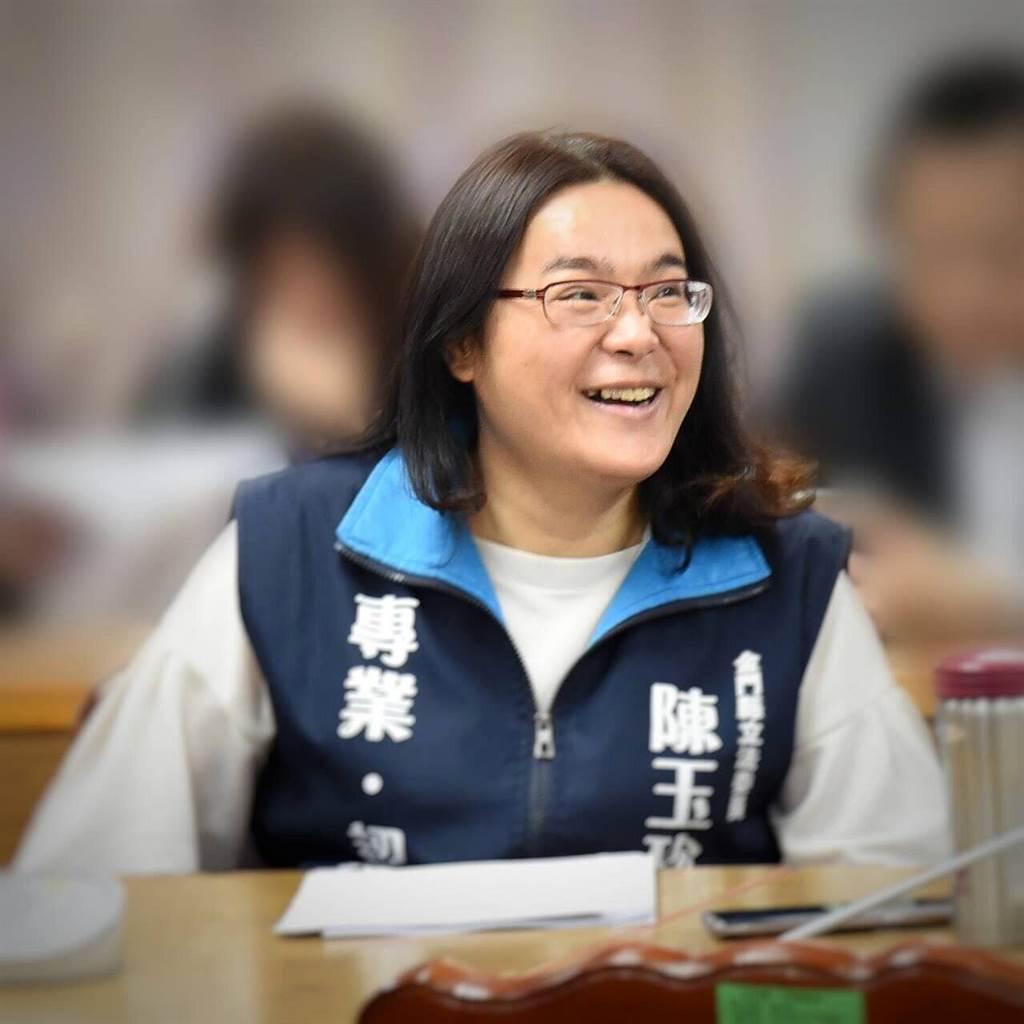 陳玉珍擁有亮眼學歷,基層經營紮實,專業服務獲鄉親好口碑。(李金生攝)