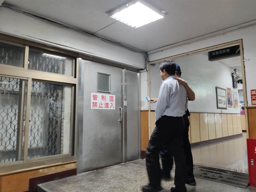 機場公司工程處長林文禎和工程師吳俊宗涉收賄遭檢方聲請羈押,稍早地院裁定林收押禁見。(讀者提供)