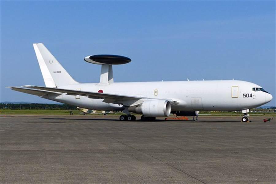 日本為因應對日漸增加的中共機船隊巡航監控任務,開始對其空中預警機隊進行升級。(圖/日本航空自衛隊)