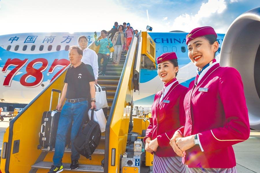 中國南方航空昨表示,台北-哈爾濱及台北-長春航線自8月20日將砍班。(新華社)