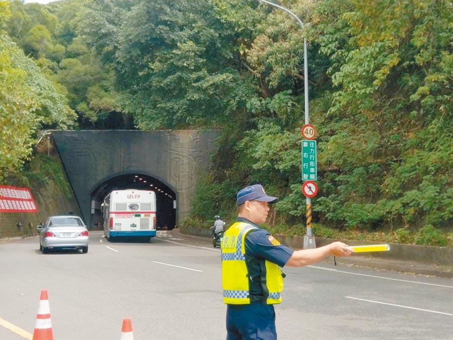台北市自強隧道9月起實施「區間測速」科技執法,一旦超速至少會被開罰1200元。(張立勳攝)