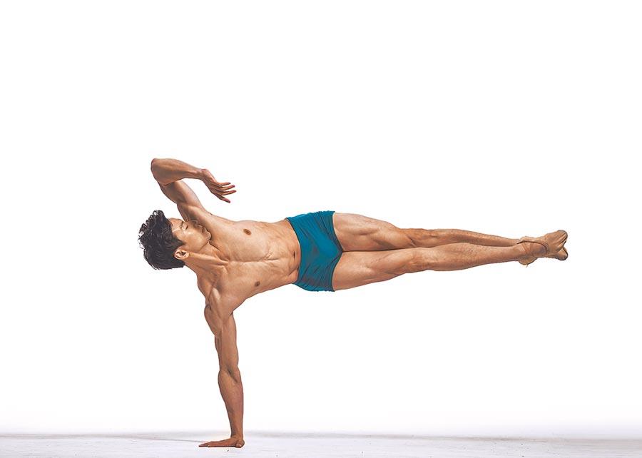 8月1日,歷經養傷,現任職於韓國環球芭蕾舞團獨舞者的梁世懷,更加了解自己。他首次嘗試編舞,將對芭蕾舞的熱愛編入舞作裡。(梁世懷提供)