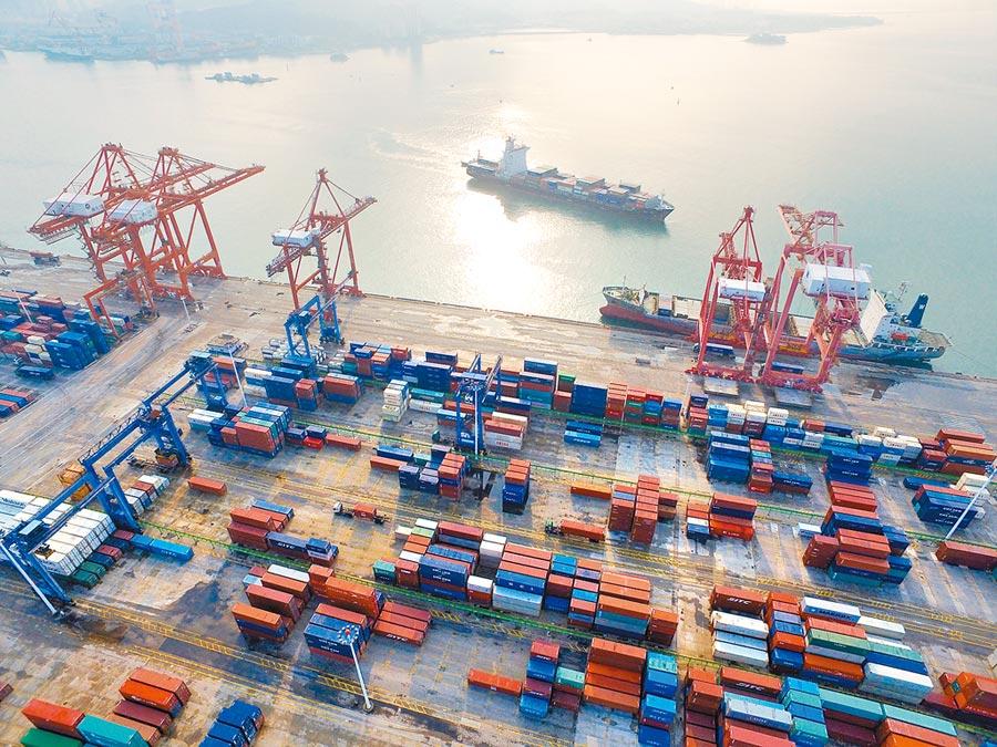 中國(福建)自由貿易試驗區廈門片區內的東渡港區。(新華社資料照片)