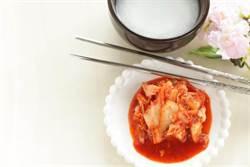 韓國人為何愛用不鏽鋼扁筷?作家揭驚人原因