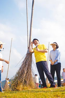 林右昌打造濱海旅遊廊帶