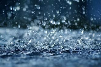 驚!美國洛磯山脈竟下「塑膠雨」