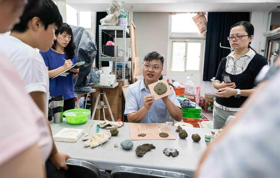雕塑創作工坊成果展8月16日至30日在台藝大雕塑學系舉行。(教育部提供)