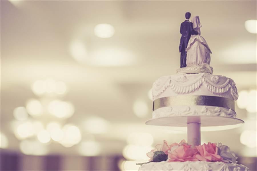 結婚蛋糕吃50年 夫妻竟還這樣做(圖片取自/達志影像)