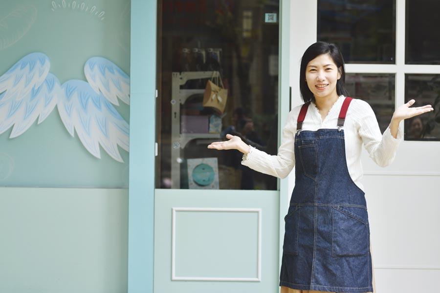 蛋糕捲烘焙書作者馮嘉慧,將在8月18日台南書展現場舉辦簽書會。圖/日日幸福出版社提供
