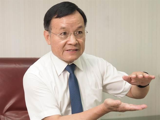 副總經理姚家和表示,為了貫徹對消費者的品質保證,得恩堂眼鏡不斷進行改革創新。圖/易繼中攝