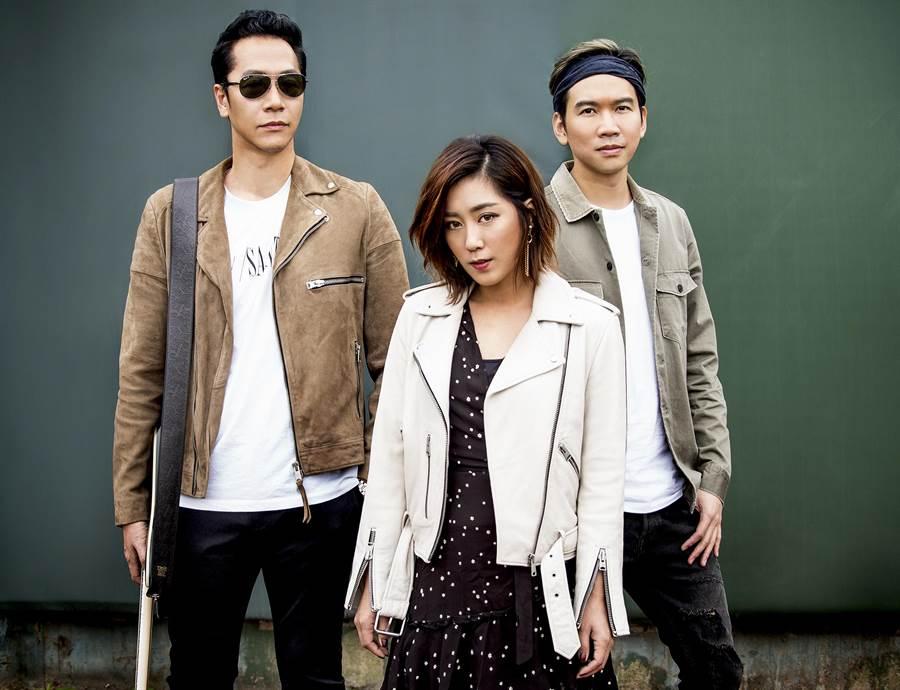 已發過三張專輯的「小男孩樂團」周日將在淡水漁人舞台壓軸登場。(譚宇哲翻攝)