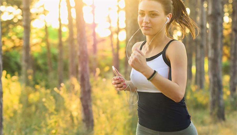 想靠運動瘦身,時間和力氣應用在刀口上。(圖/pixabay)