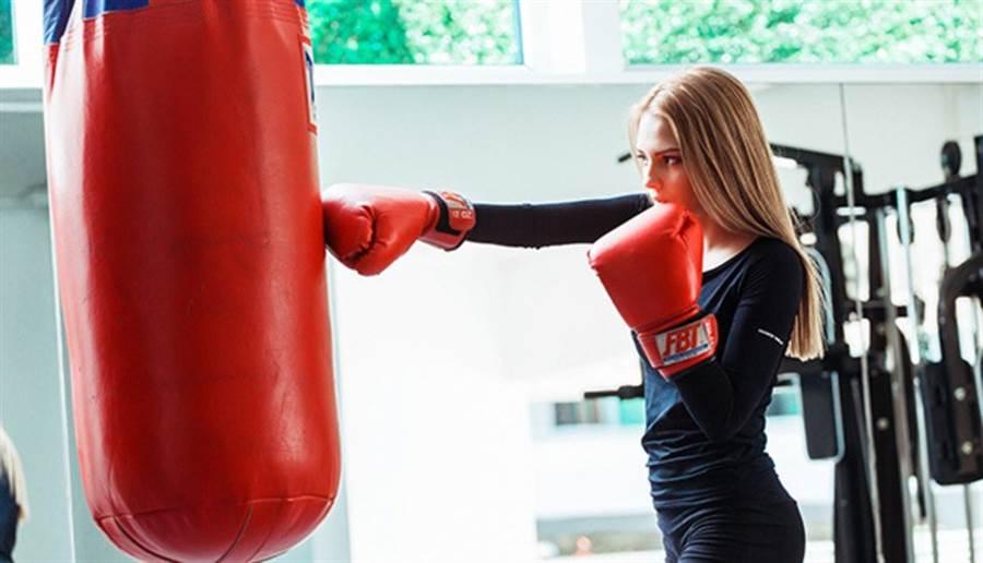 拳擊手、腦並用,還有紓壓效果。(圖/pixabay)