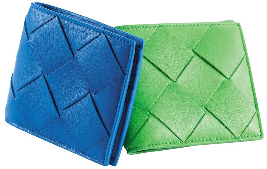 Bottega Veneta的寬編織小羊皮皮夾,1萬5200元。(Bottega Veneta提供)