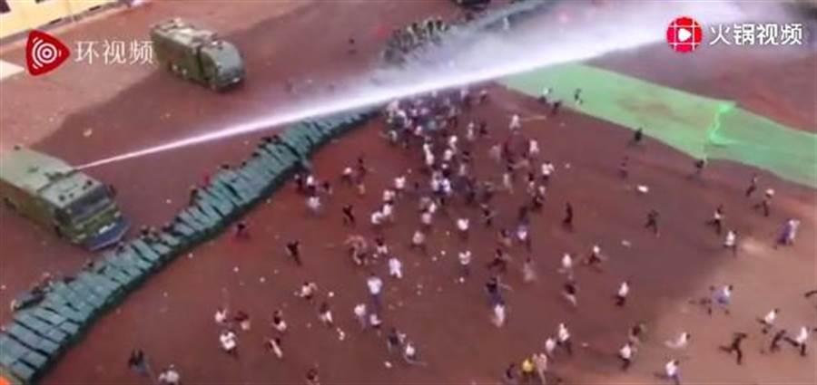 深圳17日举行公安武警大练兵
