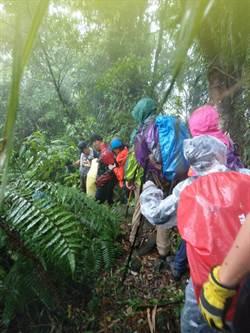 登山客被雷擊 警消石碇山區搜救