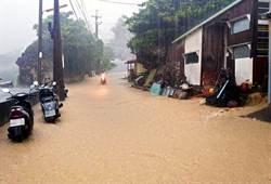 小琉球43.5毫米時雨量 小黃河現蹤